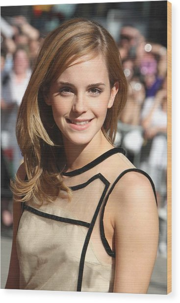 Emma Watson Wearing A Christopher Kane Photograph By Everett