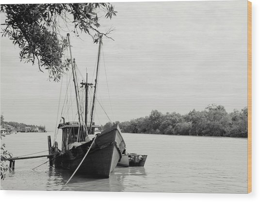 Fishing Bumboat Wood Print by Photo Copyright of Love Image Lab (by Sim Chin Ping)