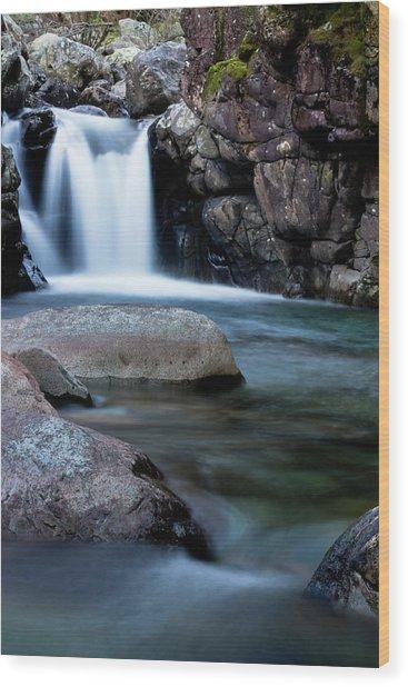Flowing Falls Wood Print