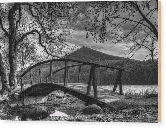 Footbridge Peaks Of Otter - Virginia Wood Print
