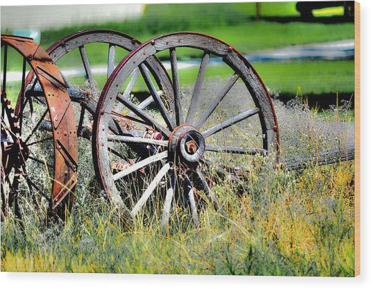 Forgotten Wagon Wheel Wood Print by Sarai Rachel