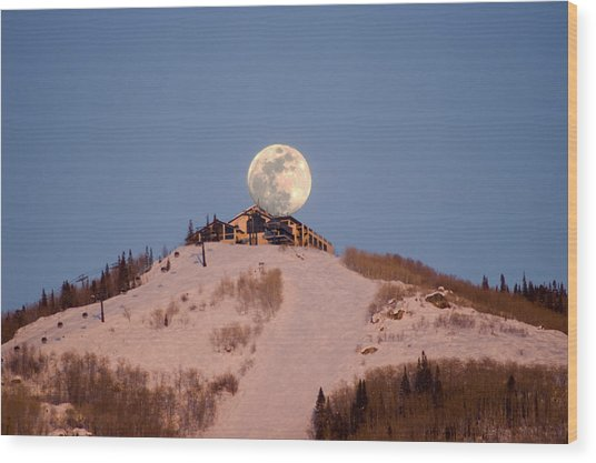 Full Moon Alpenglow Wood Print