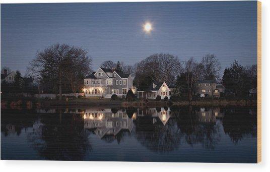 Full Moon Over Babylon Wood Print by Vicki Jauron