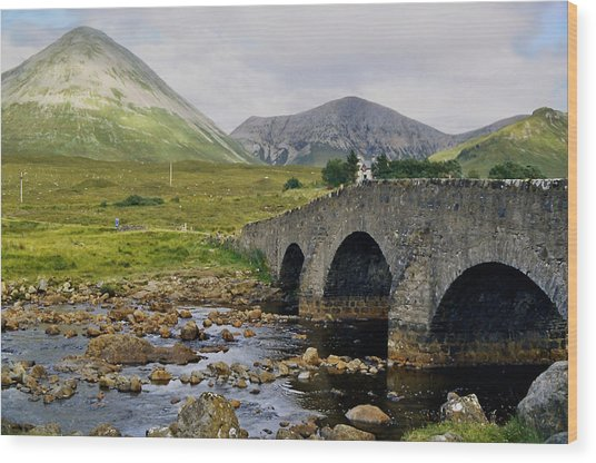 Glamaig And Sligachan Bridge Wood Print