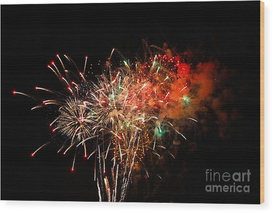Grand Haven Mi Fireworks Wood Print by Robert Pearson