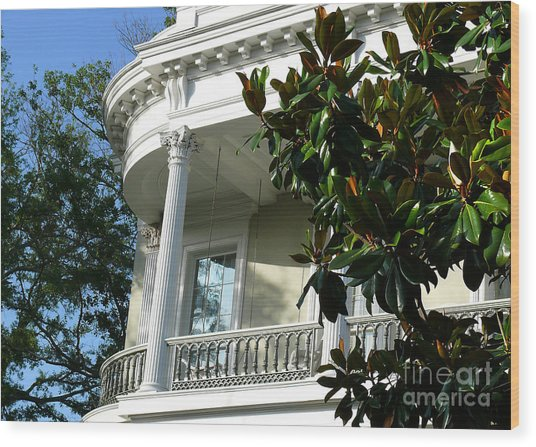 Grand House With Magnolia Tree Wood Print