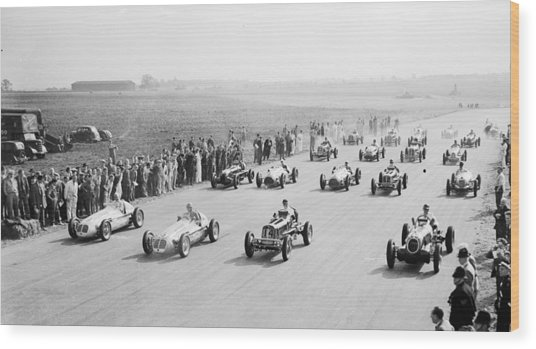 Grand Prix Start Wood Print by Central Press