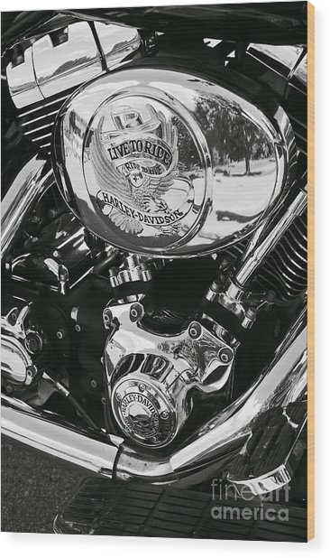Harley Davidson Bike - Chrome Parts 02 Wood Print