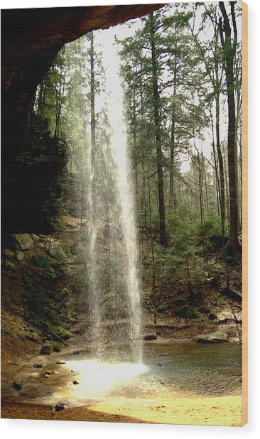 Hcking Hills Waterfall Wood Print by Inga Smith