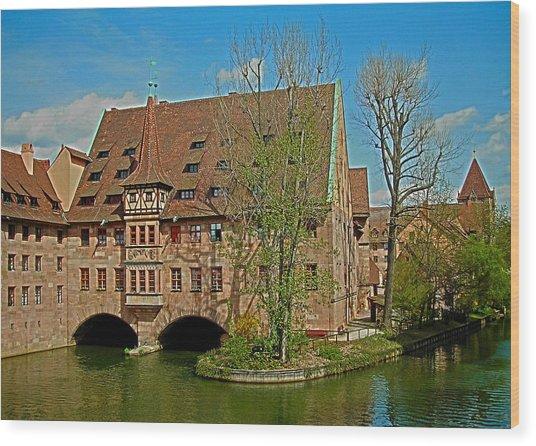 Heilig-geist-spital In Nuremberg Wood Print