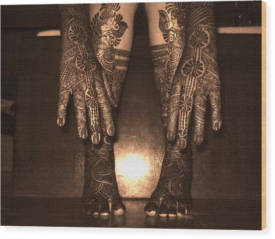 Henna Art On An Indian Bride Wood Print