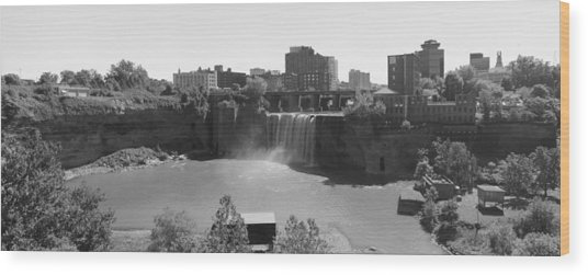High Falls In Rochester New York Wood Print by Matthew Green