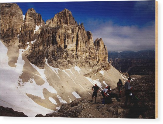 Hikers Resting At Bamberger Saddle, Gruppo Sella, Dolomites, Italy Wood Print by Witold Skrypczak