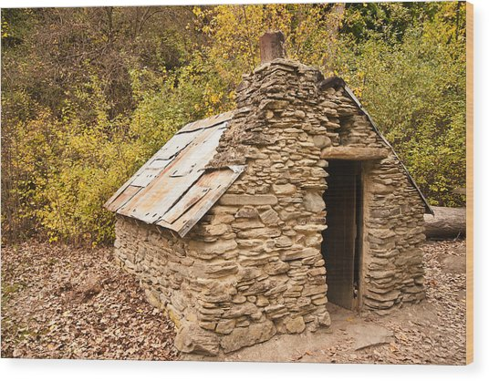 Historic Gold Miners Stone Cottage Wood Print by Graeme Knox