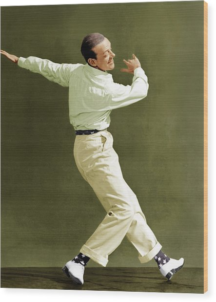 Holiday Inn, Fred Astaire, 1942 Wood Print by Everett