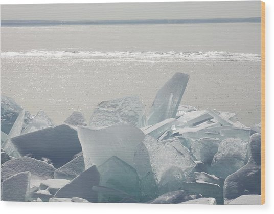 Ice Chunks On The Shores Of Lake Wood Print