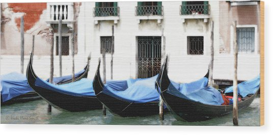 Wood Print featuring the photograph Idle Gondolas by Vicki Hone Smith