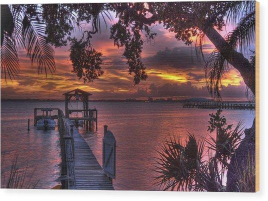 Indian River Sunset Wood Print by Lisa Goddard