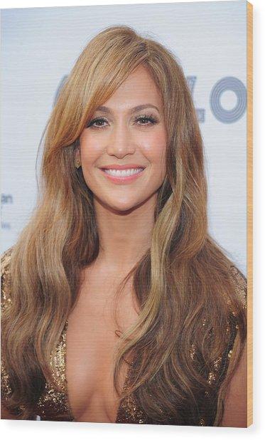 Jennifer Lopez At Arrivals For Apollo Wood Print