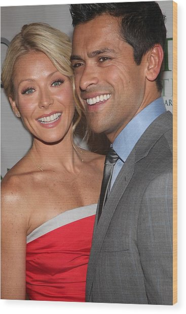 Kelly Ripa, Mark Consuelos At Arrivals Wood Print by Everett