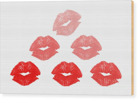 Kisses In Pyramid Shape Wood Print by Blink Images