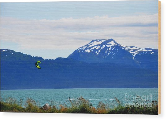 Kitesurfing In Alaska Wood Print by Tanya  Searcy