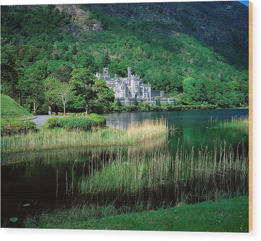 Kylemore Abbey, Co Galway, Ireland Wood Print by The Irish Image Collection