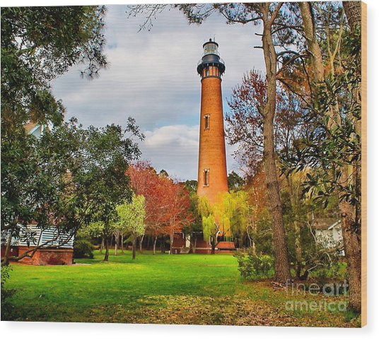 Lighthouse At Currituck Beach Wood Print