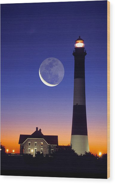 Lighthouse Crescent Moon Wood Print