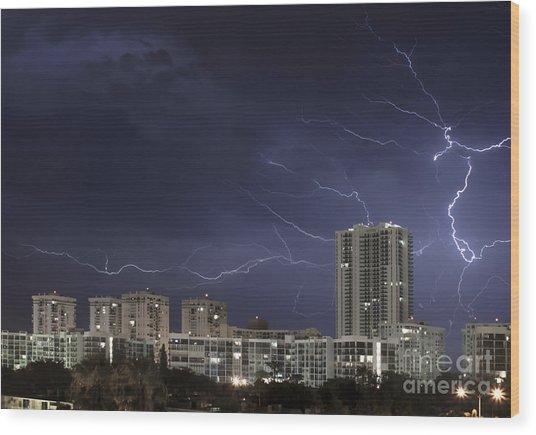 Lightning Bolt In Sky Wood Print by Blink Images