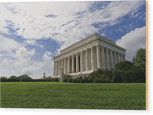 Lincoln Memorial And Sky Wood Print