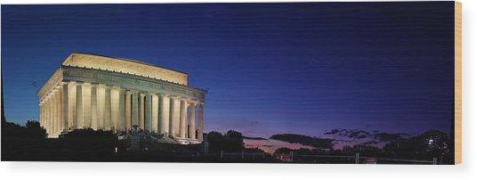 Lincoln Memorial At Sunset Wood Print