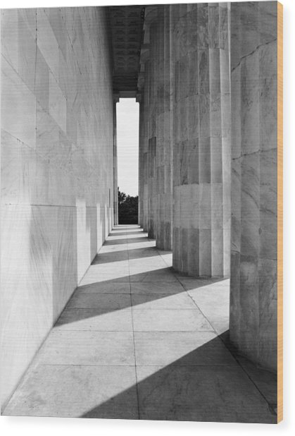 Lincolns Columns Wood Print