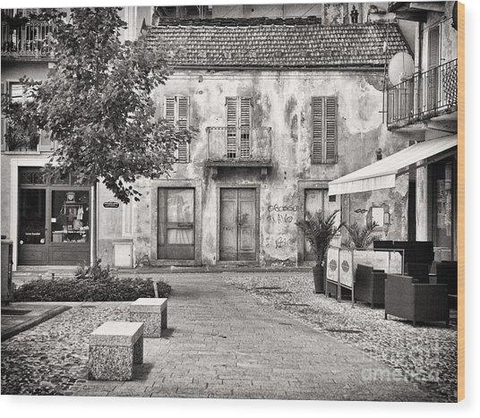 Little Italian Corner Wood Print