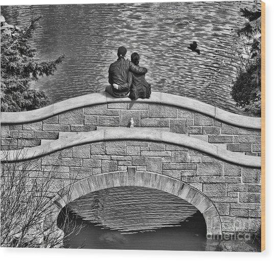 Lovers On A Bridge  Wood Print