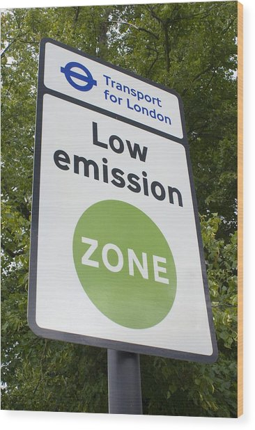 Low Emission Zone Sign In Essex, Uk. Wood Print by Mark Williamson