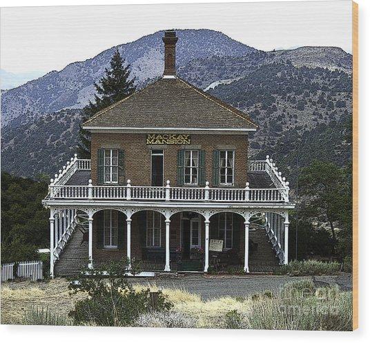 Mackay Mansion Wood Print