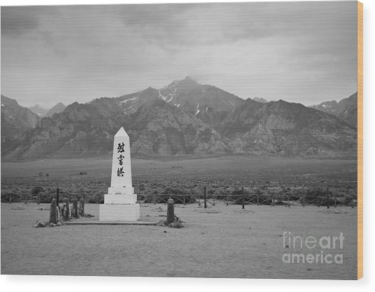Manzanar Memorial Wood Print