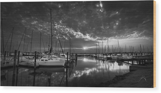 Marina At Fort Monroe Bw Wood Print