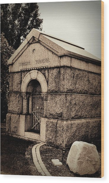 Mausoleum Of Memories Wood Print