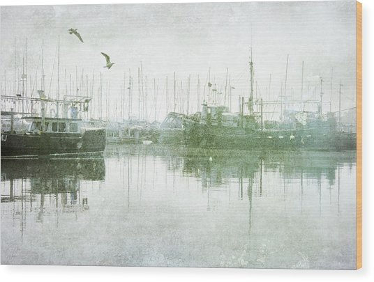 Misty Morning On The Boat Harbour Wood Print
