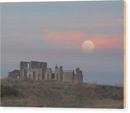 Moon Over Fort Laramie Wood Print