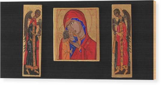 Mother And Child With Archangels Wood Print by Amy Reisland-Speer