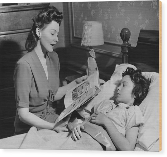 Mother Reads Child A Bedtime Story Wood Print by George Marks