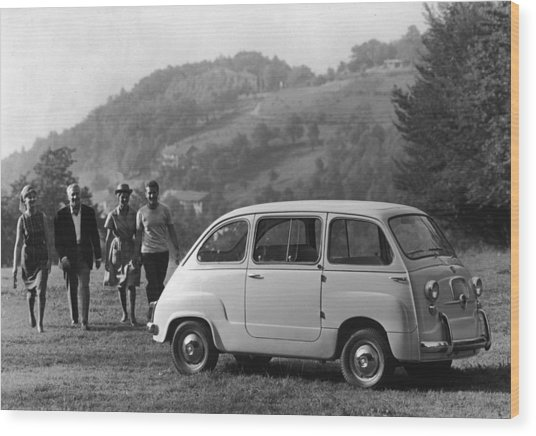 Multipla 4 Wood Print by Archive Photos