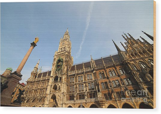 Munich City Hall Wood Print by Holger Ostwald