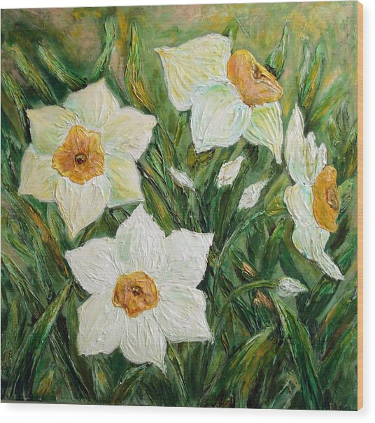 Narcissus In Bloom Wood Print