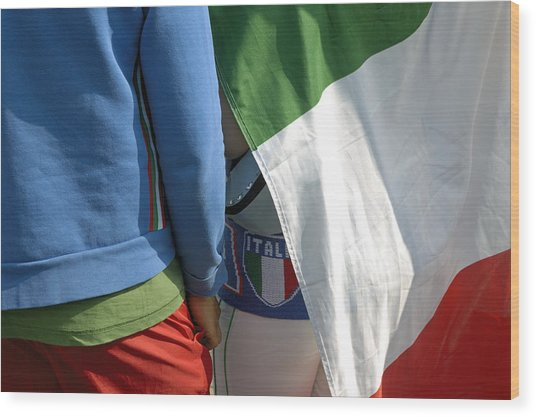 National Colors Of Italy - Green White And Red Wood Print by Matthias Hauser