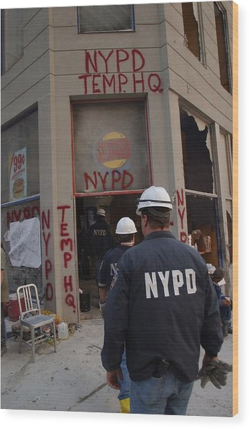 New York Police Department Set Wood Print by Everett