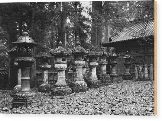 Nikko Lanterns Wood Print by Don Ellis